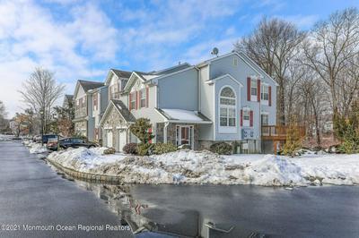 35 CATHERINE CT # 313, Laurence Harbor, NJ 08879 - Photo 2