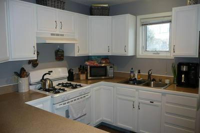 821 6TH AVE NW, Great Falls, MT 59404 - Photo 2
