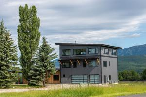 465 ARMORY RD, Whitefish, MT 59937 - Photo 1