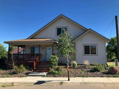 806 5TH ST S, SHELBY, MT 59474 - Photo 2