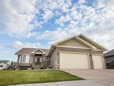 1328 DERBY DR, Great Falls, MT 59404 - Photo 1
