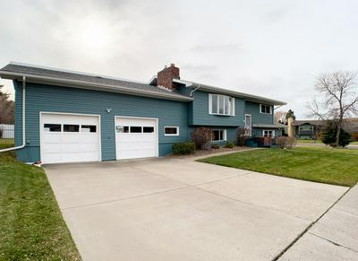 1136 20TH AVE SW, Great Falls, MT 59404 - Photo 2