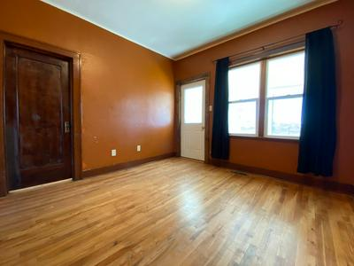 427 5TH AVE SW, Great Falls, MT 59404 - Photo 2
