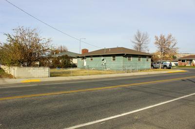 2330 GRAND AVE, Butte, MT 59701 - Photo 2