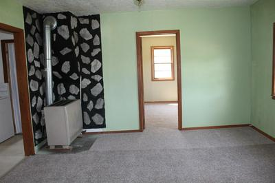 313 7TH ST, Newell, SD 57760 - Photo 2