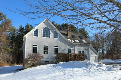 37 WINDY MEADOWS DR, MANCHESTER, ME 04351 - Photo 2