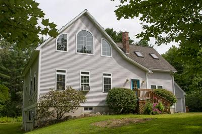 37 WINDY MEADOWS DR, MANCHESTER, ME 04351 - Photo 1