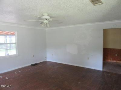 15226 BUNKER HILL RD, Vancleave, MS 39565 - Photo 2