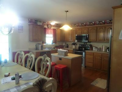 173 DAVIDSON DR, BLUEFIELD, VA 24605 - Photo 2