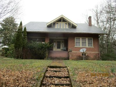 303 OLD BLUEFIELD RD, PRINCETON, WV 24739 - Photo 1