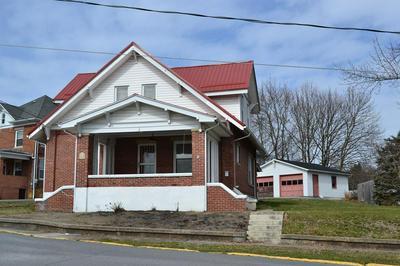 1106 N WALKER ST, PRINCETON, WV 24740 - Photo 1