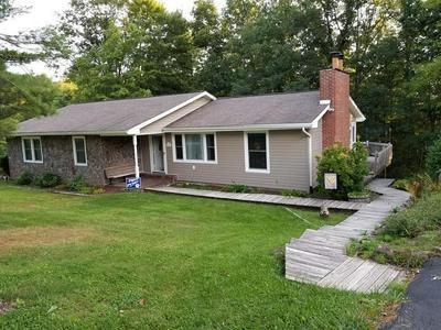 1636 MT HOREB RD, PRINCETON, WV 24739 - Photo 2