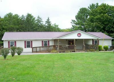 402 AIRPORT RD, BLUEFIELD, WV 24701 - Photo 1