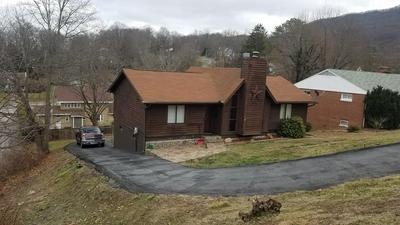 2625 GRANDVIEW AVE, BLUEFIELD, WV 24701 - Photo 1