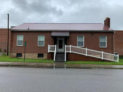 1312 HARRISON ST, PRINCETON, WV 24740 - Photo 1