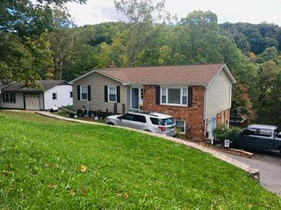 312 NUTWOOD ST, BLUEFIELD, WV 24701 - Photo 1