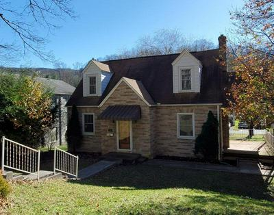 1413 AUGUSTA ST, BLUEFIELD, WV 24701 - Photo 1