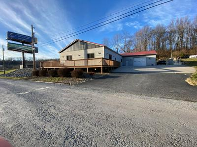 4775 E CUMBERLAND RD, BLUEFIELD, WV 24701 - Photo 2