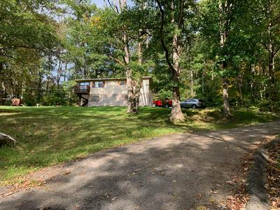 140 BILLS HILL RD, BLUEFIELD, WV 24701 - Photo 1
