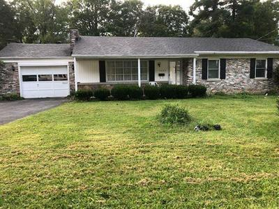 1805 COLLEGE AVE, BLUEFIELD, WV 24701 - Photo 1