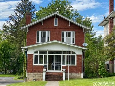 215 PARKWAY AVE, BLUEFIELD, WV 24701 - Photo 1
