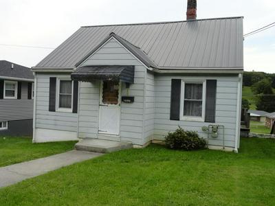 2029 LEE AVE, BLUEFIELD, VA 24605 - Photo 1