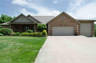 2671 LEAH DR, Muscatine, IA 52761 - Photo 1