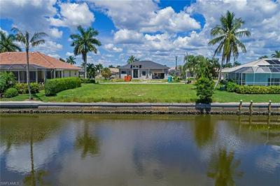 390 MARQUESAS CT, MARCO ISLAND, FL 34145 - Photo 2