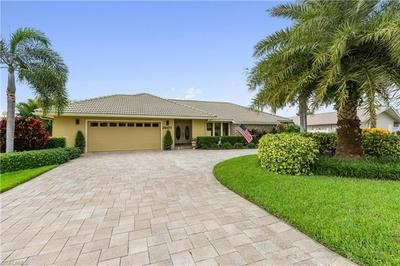 28471 LAS PALMAS CIR, BONITA SPRINGS, FL 34135 - Photo 1