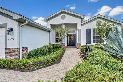 20772 CASTLE PINES CT, NORTH FORT MYERS, FL 33917 - Photo 2