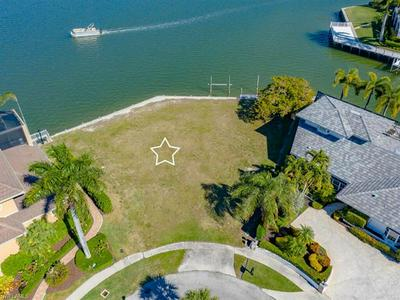 1890 CASCADE CT, MARCO ISLAND, FL 34145 - Photo 2