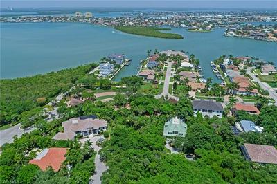 913 RAYMOND CT, MARCO ISLAND, FL 34145 - Photo 1