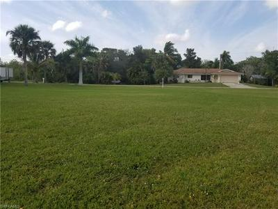 326 SHORE DR, FORT MYERS, FL 33905 - Photo 2