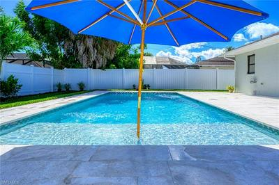 571 107TH AVE N, NAPLES, FL 34108 - Photo 1