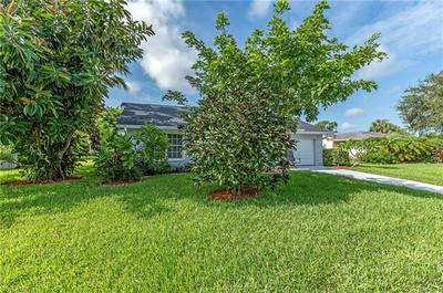 35 MAUI CIR # 35, NAPLES, FL 34112 - Photo 2