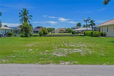 390 MARQUESAS CT, MARCO ISLAND, FL 34145 - Photo 1