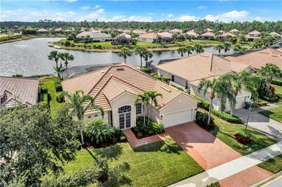 8228 POTOMAC LN, NAPLES, FL 34104 - Photo 2