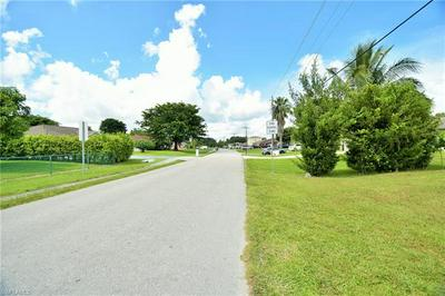 2072 50TH TER SW, NAPLES, FL 34116 - Photo 2