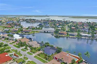 427 NASSAU CT, MARCO ISLAND, FL 34145 - Photo 2