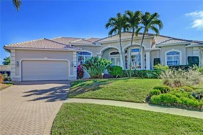 425 RIVER CT, MARCO ISLAND, FL 34145 - Photo 1