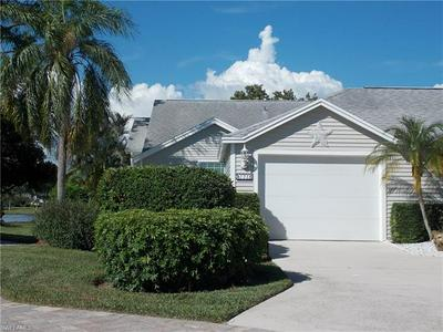 135 BRISTOL LN, NAPLES, FL 34112 - Photo 2