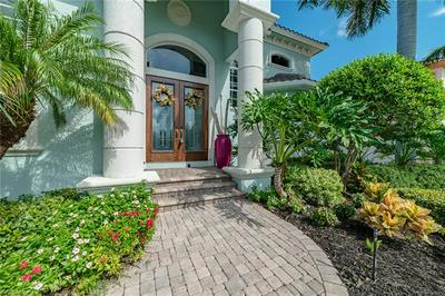 468 PARKHOUSE CT, MARCO ISLAND, FL 34145 - Photo 2