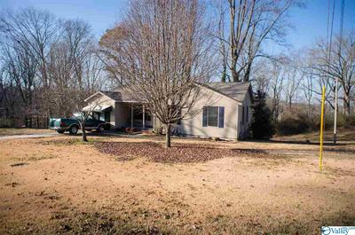 2237 HILLVIEW ST NW, Hartselle, AL 35640 - Photo 2