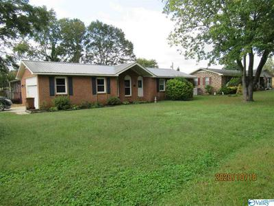 500 WALKER RD SW, HARTSELLE, AL 35640 - Photo 2