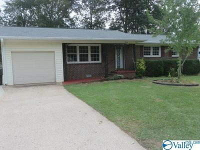 303 SHARON ST, SCOTTSBORO, AL 35768 - Photo 1