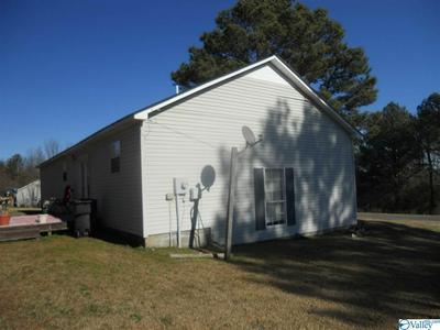 110 BLUE BEND RD, Albertville, AL 35951 - Photo 2