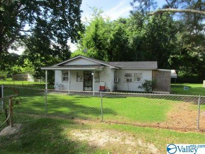 1501 JEFFERSON ST, GADSDEN, AL 35904 - Photo 1