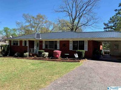 208 MOUNTAIN DR, GADSDEN, AL 35904 - Photo 1