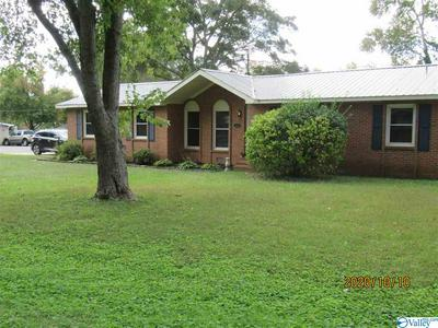 500 WALKER RD SW, HARTSELLE, AL 35640 - Photo 1