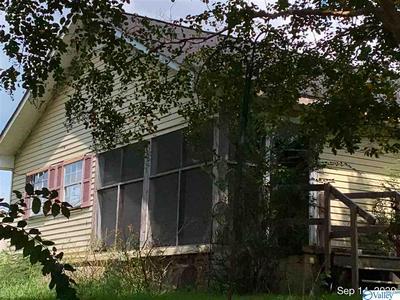 240 COUNTY ROAD 1215, VINEMONT, AL 35179 - Photo 1